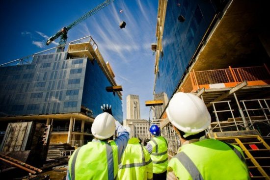 Существенные изменения в госконтракте по стройке будут возможны при цене от 100 млн рублей